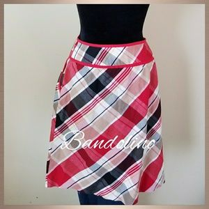 BANDOLINO BUTTON DOWN SKIRT, SIZE 16